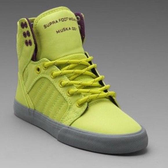 sports shoes f4227 4f07d new Supra Women s Skytop Sneakers Acid Yellow grey.  M 5a76b30ea825a62df35561b9